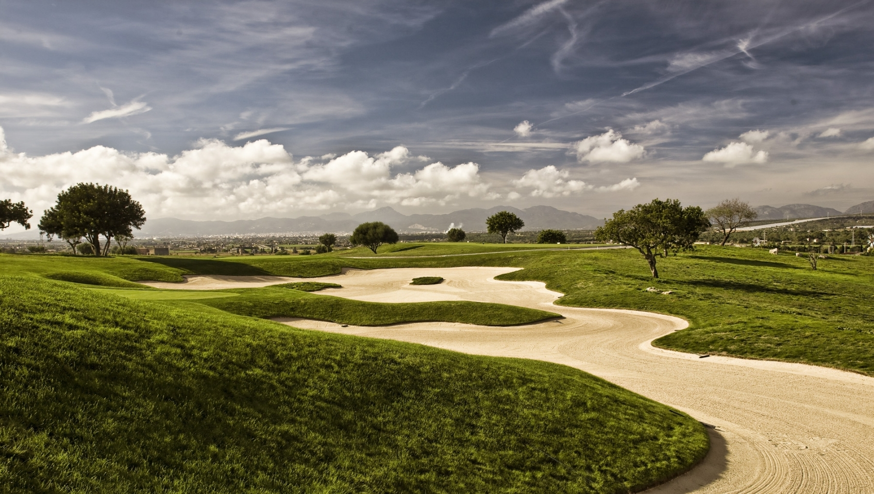 golf-solf-son-gual-mallorca-bunker-loch15-high-res