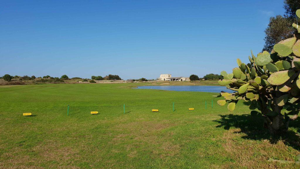 Das Signature Hole 18 Acaya Golf Club - © Kai Wunner