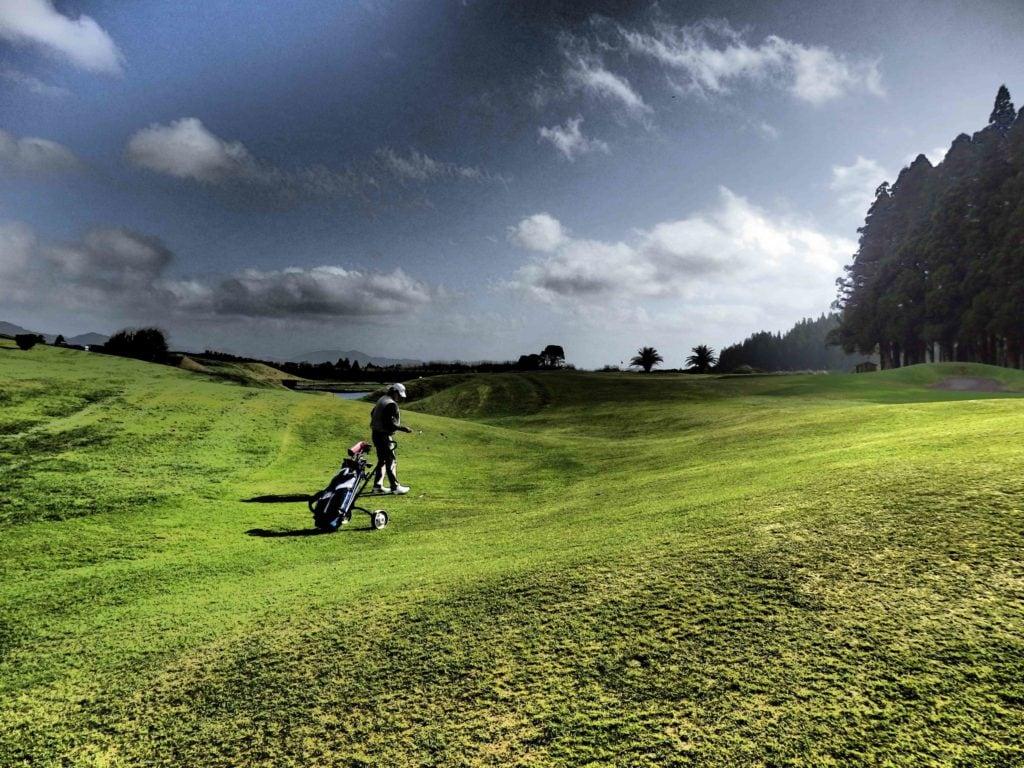 Fairway der 17 Furnas Golf - © Serap Wunner