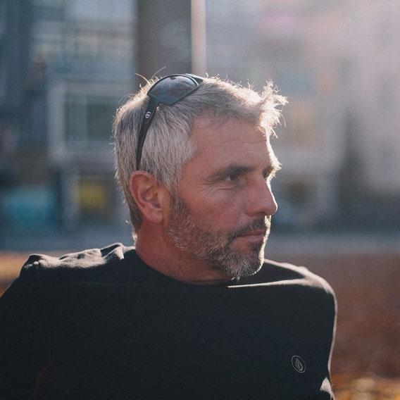 Heiko Grelle ist einfach ein cooler Typ und für seine 53 Jahre sehr jugendlich. Er surft seit ca. 1977 und golft seit ca. 2002 - © Heiko Grelle